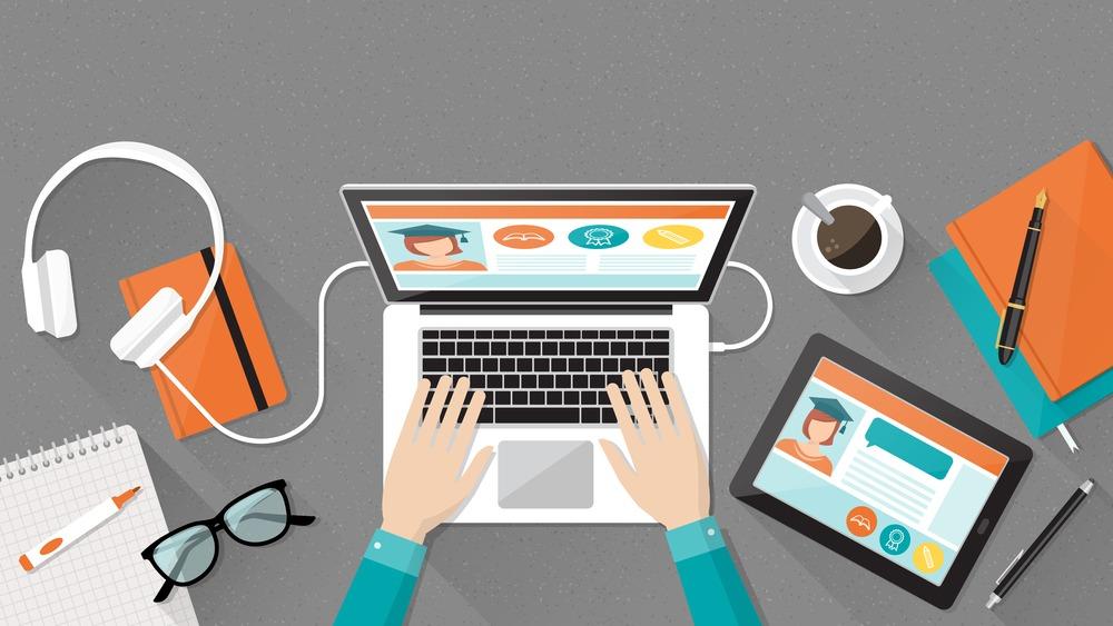 大学生がブログを始めるべき7つの理由!収入の目安や始め方も解説!【人生変わります】